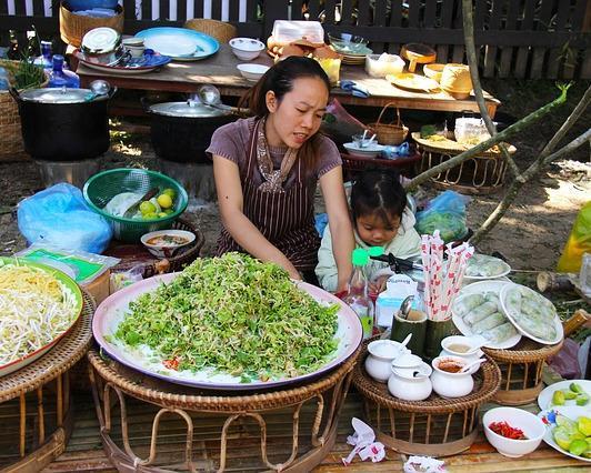 Kulinarische Städtereise durch Südostasien: Bangkok, Luang Prabang & Saigon