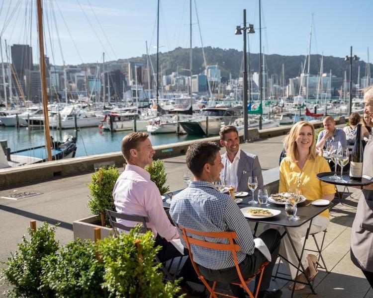 """Selbstfahrer-Rundreise """"Best of Neuseeland"""" und Inselhopping auf Fischi"""