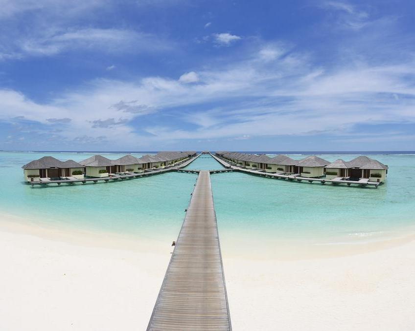 Paradise Island Resort & Spa,