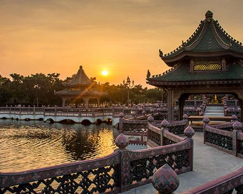 China: Paraíso en la Tierra 13D / 12N