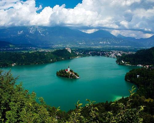 Experience Bled Lake in Winter