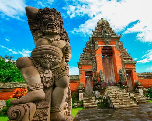 Bali, tradición y naturaleza
