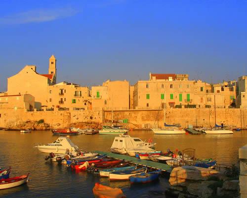 5 nap Bari, Puglia nyáron reggelis szállással