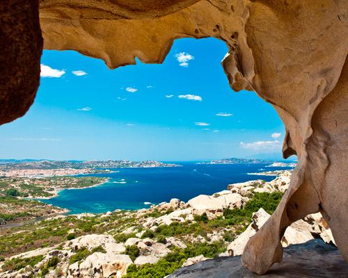 Sardiniens Schönheit mit dem Mietwagen entdecken