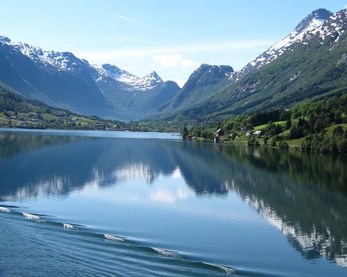 Andando pelas Fjords