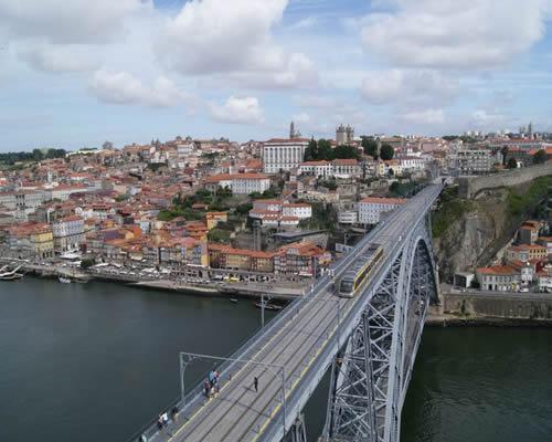Vuelo + Hotel a Oporto