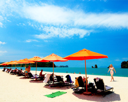 Offer Travel to Malaysia and the Beaches