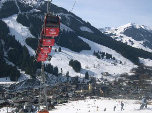 1 week skiing in Saalbach