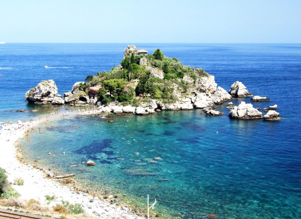 Sicilia, Nápoles y Roma