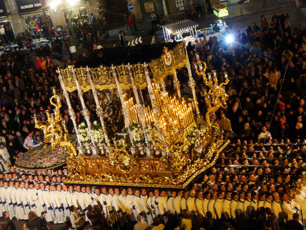 Semana Santa en Granada y Málaga