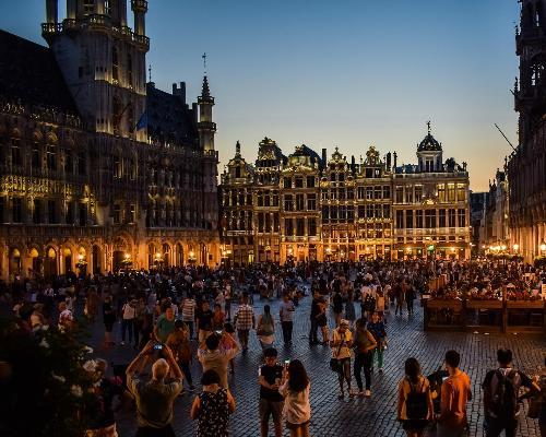 """Brüssels """"Plaisirs d'Hiver""""-Festival & Weihnachtsmarkt inkl. Schokoladen-Tasting"""
