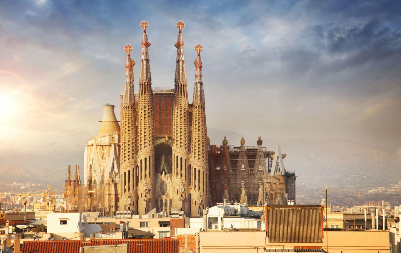 Barcelona utazás repülőjeggyel, hotellel