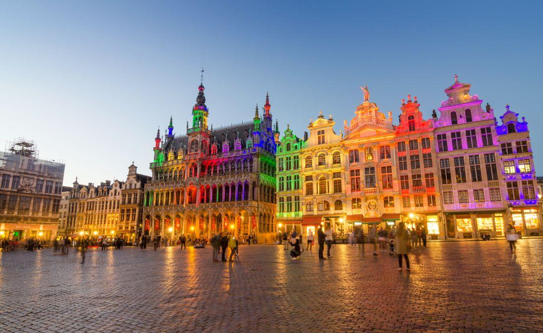 Brüsszel: utazás repülővel + hotel