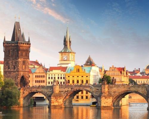 Prágai városlátogatás busszal, 4 csillagos hotelben, reggelivel