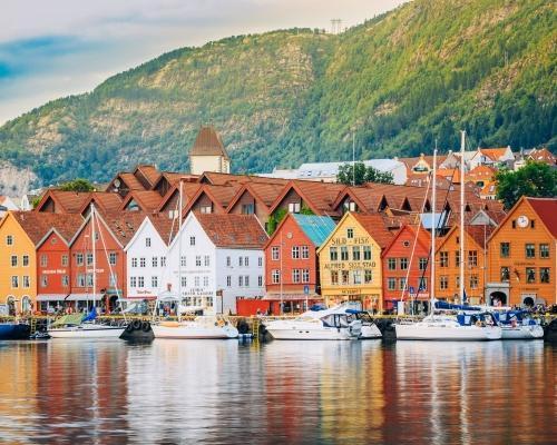 Norvégia, Bergen: 4 csillagos hotel reggelivel és repjegy