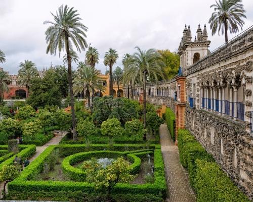 Sevilla, Andalúzia: utazás repülővel és szállás