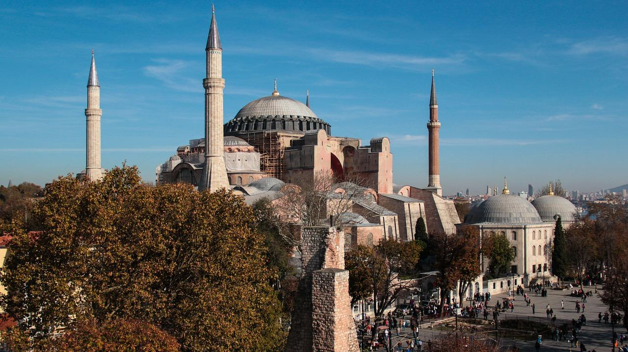 5 Days. Istanbul 3* - Option 1